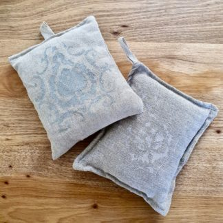 Mei Line Lavender pouches