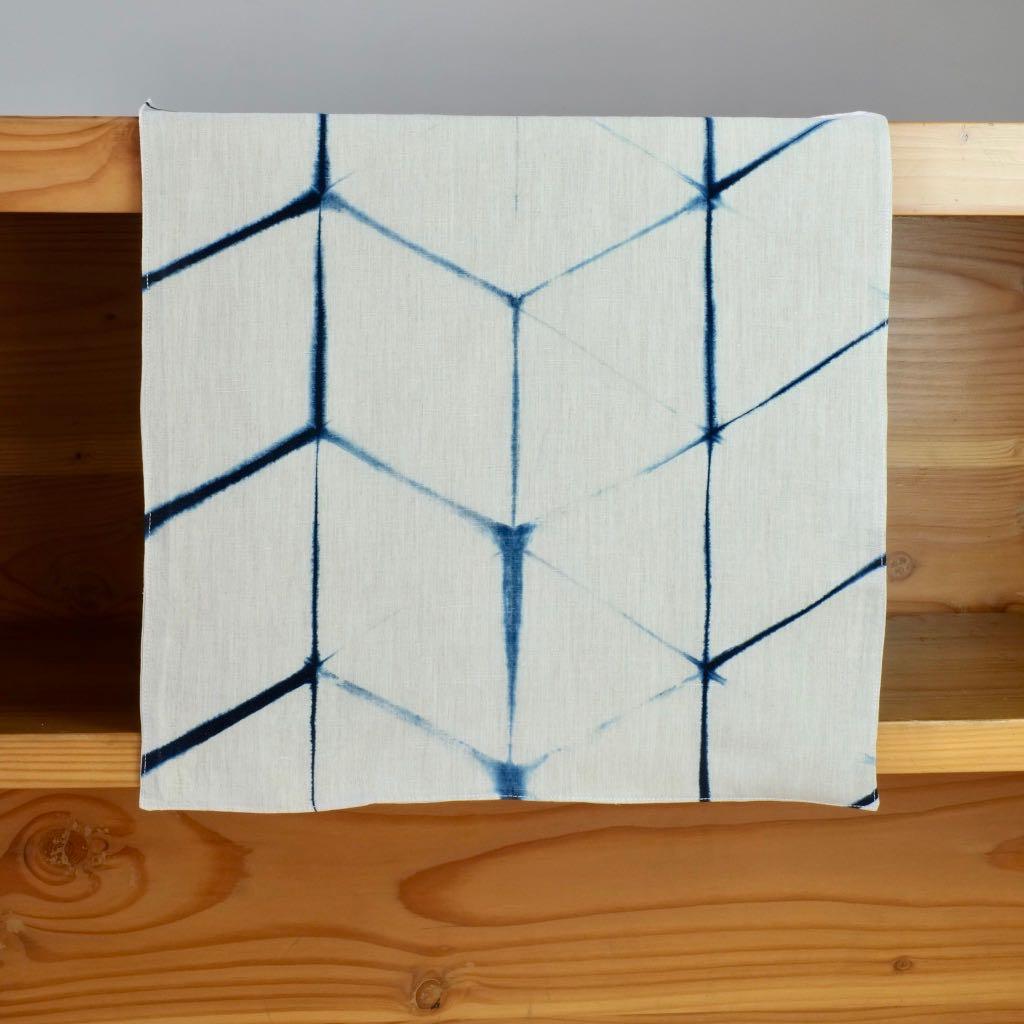 resist pattern shibori Indigo linen table runner with itajime